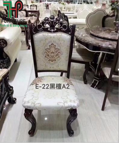 ghế ăn cổ điển