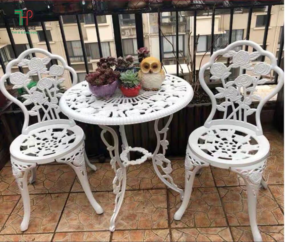 bàn ghế sân vườn (2)