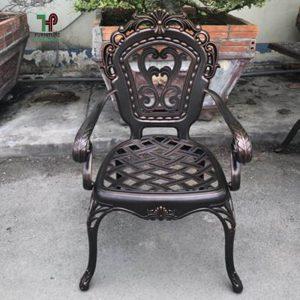 ghế nhôm đúc ngồi thu giản